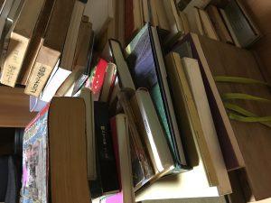 倉庫に眠っている本の整理